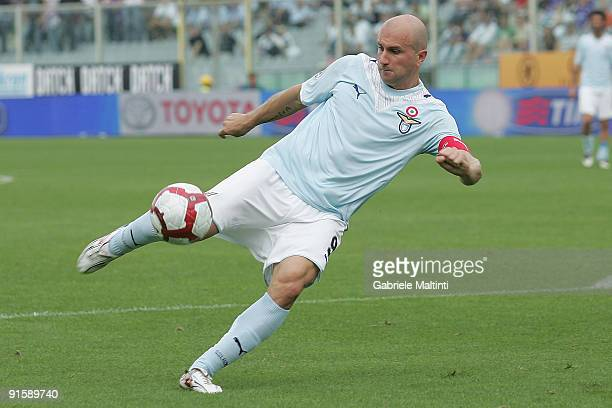 Tommaso Rocchi of Lazio shoots at goal during the Serie A match between ACF Fiorentina and S.S. Lazio held at the Stadio Artemio Franchi on October...