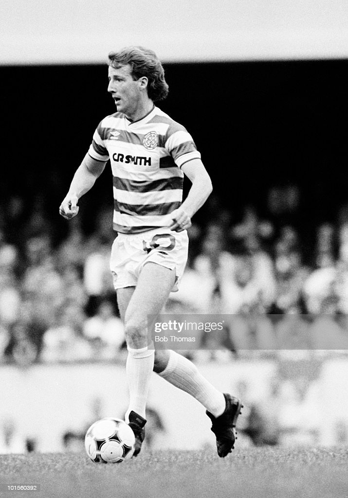 Tommy Burns of Celtic in action against Arsenal during a pre-season friendly match held at Highbury, London on 5th August 1986. Celtic beat Arsenal 2-0. (Bob Thomas/Getty Images).