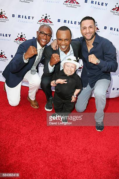 Tommy Davidson, Sugar Ray Leonard, Sergio Mora and Verne Troyer arrive at the 7th Annual Big Fighters, Big Cause Charity Boxing Night Benefiting The...