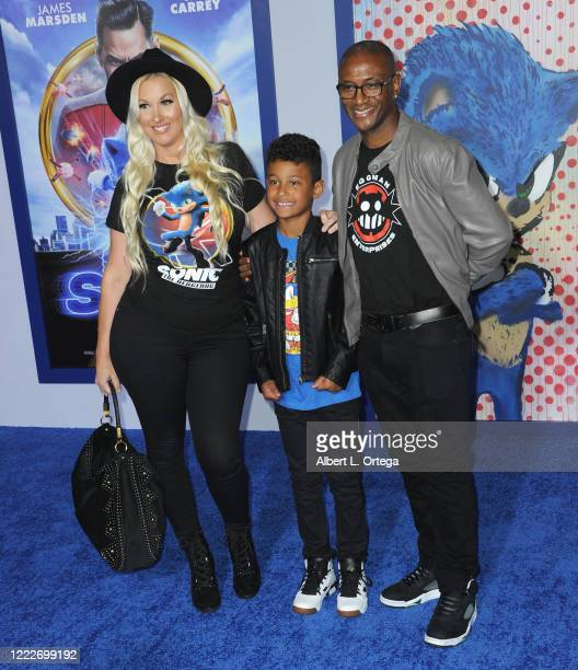 Tommy Davidson with wife Amanda Moore and son Isaiah Davidson attend the LA Special Screening Of Paramount's Sonic The Hedgehog held at Regency...