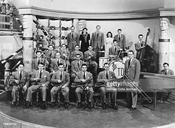 Tommy Dorsey and His Orchestra Bert Wheeler Constance Moore Phil Regan Betty Brewer Lillian Cornell Virginia Dale Red Donahue and His Mule Uno on the...