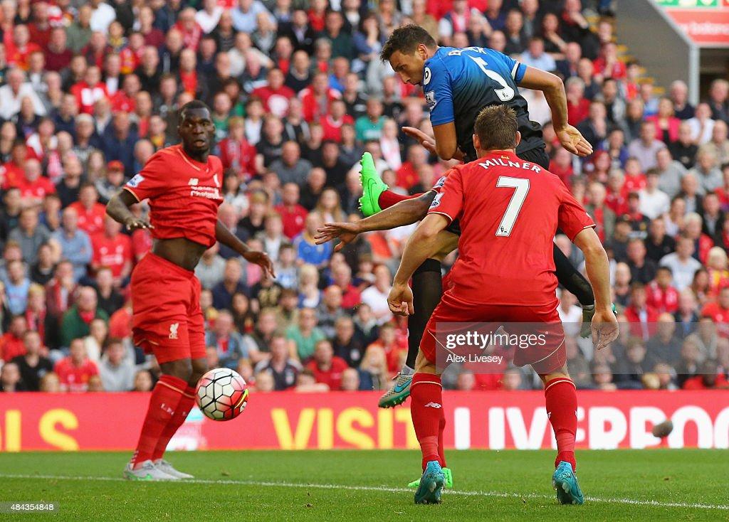 Liverpool v A.F.C. Bournemouth - Premier League : Foto jornalística