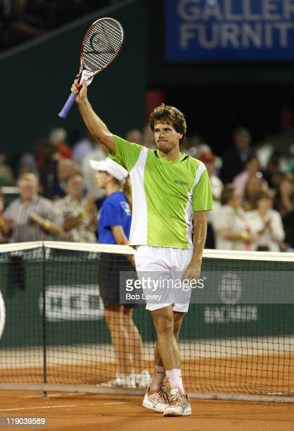 Tommy Haas defeated Andy Roddick 67 6464 in quarter finals actionApril 14 2006 at Westside Tennis Center in Houston Texas