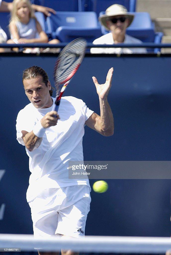 ATP - Mercedes Benz Cup - Tommy Haas v Ivo Karlovic - July 25, 2005 : ニュース写真