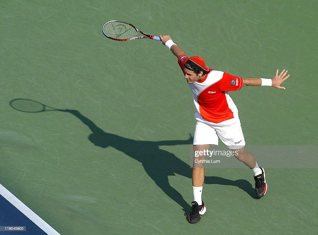 2006 US Open - Men's Singles - Quarterfinals - Tommy Haas vs Nikolay Davydenko : ニュース写真