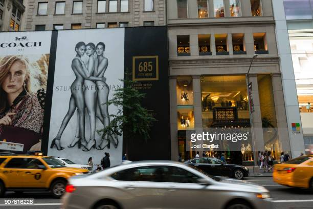 tommy hilfiger store, fifth avenue, new york city - tommy hilfiger designer label stock pictures, royalty-free photos & images