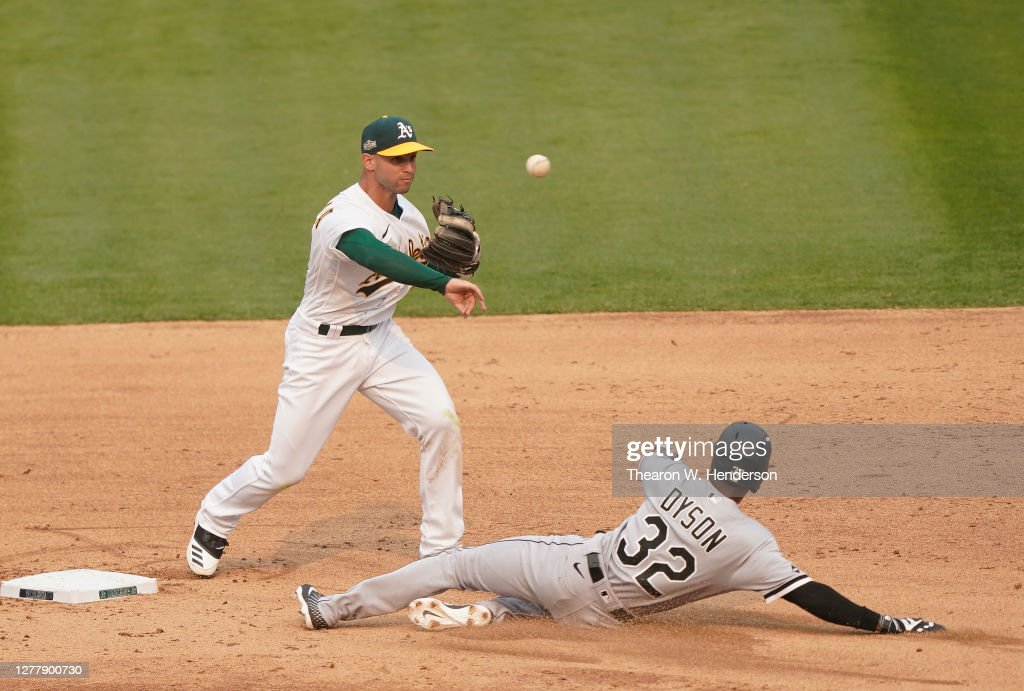 Wild Card Round - Chicago White Sox v Oakland Athletics - Game Three : News Photo