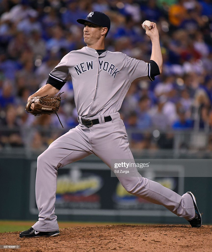 Tommy Layne #39 of the New York Yankees throws in the seventh inning against the Kansas City Royals at Kauffman Stadium on August 29, 2016 in Kansas City, Missouri.
