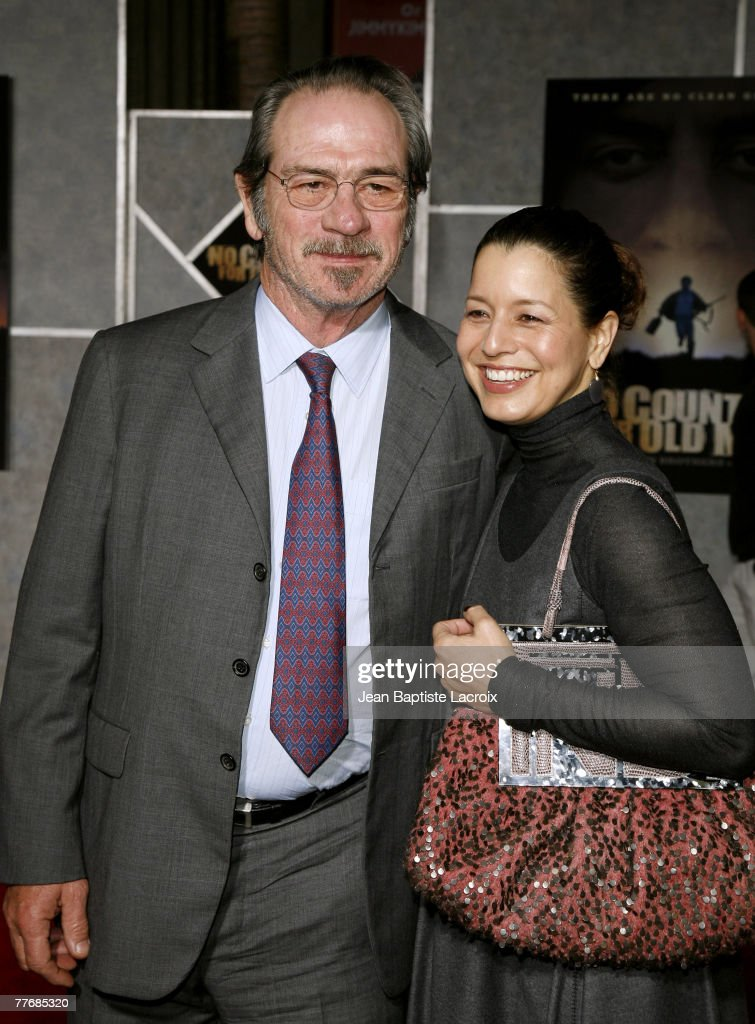 Tommy Lee Jones and Dawn Jones arrive at the premiere of Miramax Films' 'No Country For Old Men' held at the El Capitan Theater on November 4, 2007 in Hollywood, California.