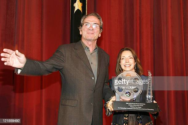 Tommy Lee Jones, Winner of the Lifetime Acheivemnt Award and SCAD President Paula Wallace