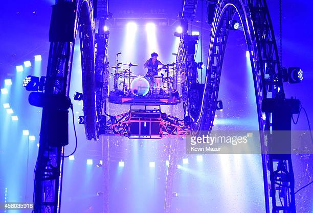 Tommy Lee of Motley Crue performs at Madison Square Garden on October 28 2014 in New York City