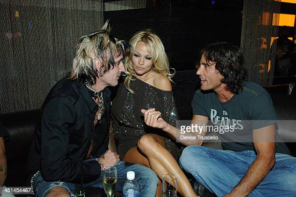 Tommy Lee Pamela Anderson and Jeff Pollack during Pamela Anderson and Tommy Lee at The Heart Bar at Planet Hollywood Resort and Casino at The Heart...