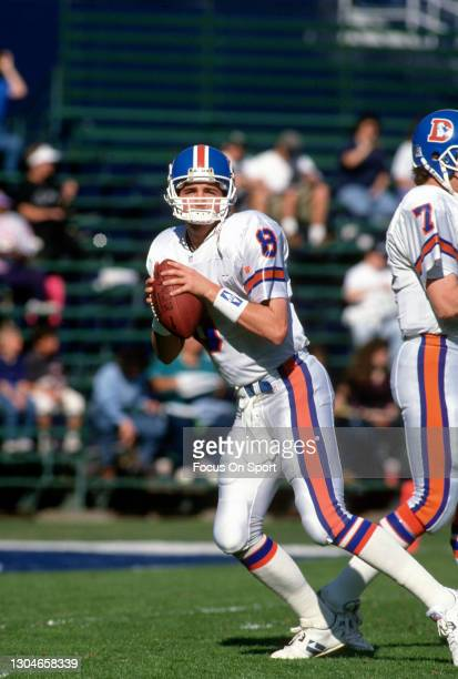 Tommy Maddox of the Denver Broncos warms up prior to the start of an NFL football game against the San Diego Charger on October 25, 1992 at Jack...