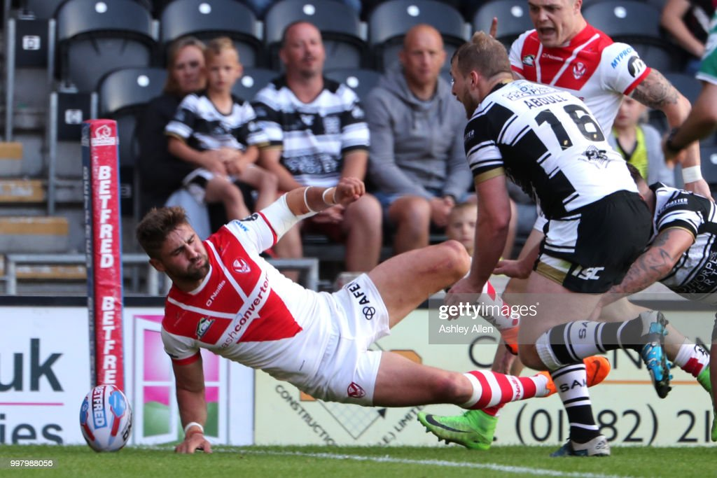 Hull FC v St Helens - BetFred Super League : News Photo