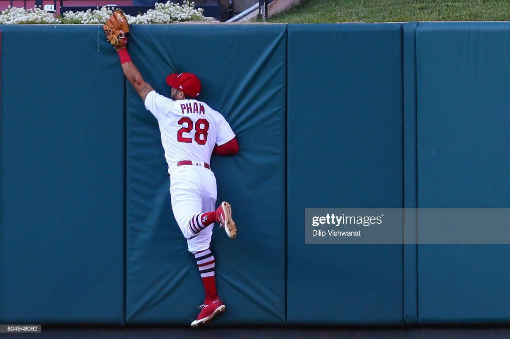 Tommy Pham #28 of the St. Louis Cardinals makes a catch against the Washington Nationals in the first inning at Busch Stadium on June 30, 2017 in St. Louis, Missouri.