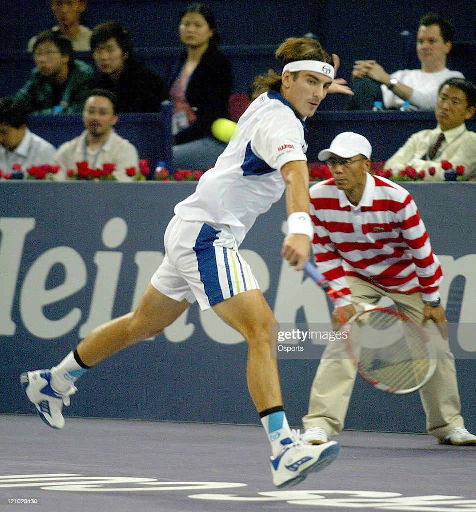 ATP - 2006 Tennis Masters Cup - First Round - Tommy Robredo vs Nikolay Davydenko