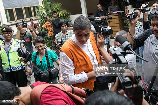 Tommy Schaefer of the United States makes his way to the courtroom ahead of his verdict hearing on April 21, 2015 in Denpasar, Bali, Indonesia. An...