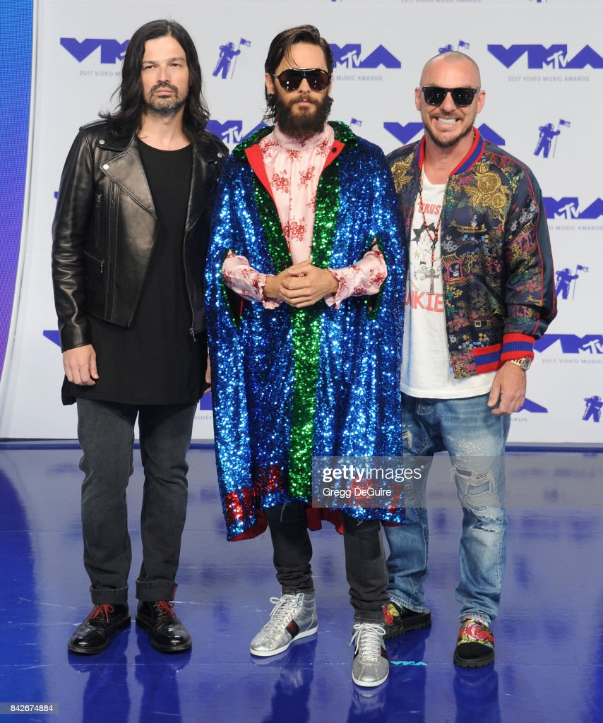 Tomo Milicevic, Jared Leto and Shannon Leto of 30 Seconds to Mars arrive at the 2017 MTV Video Music Awards at The Forum on August 27, 2017 in Inglewood, California.