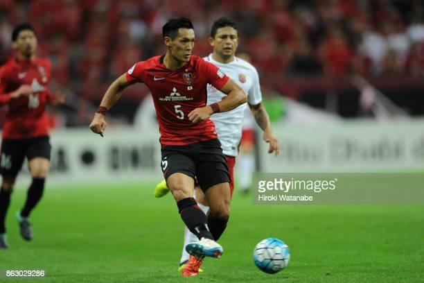 Tomoaki Makino of Urawa Red Diamonds in action during the AFC Champions League semi final second leg match between Urawa Red Diamonds and Shanghai...