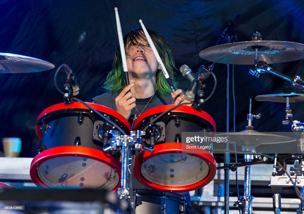 One OK Rock In Concert - Auburn Hills, MI : News Photo