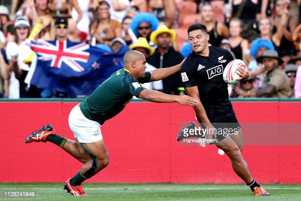 Tone Ng Shiu of New Zealand scores a try against South Africa during day two of the 2019 Hamilton Sevens at FMG Stadium on January 27 2019 in...