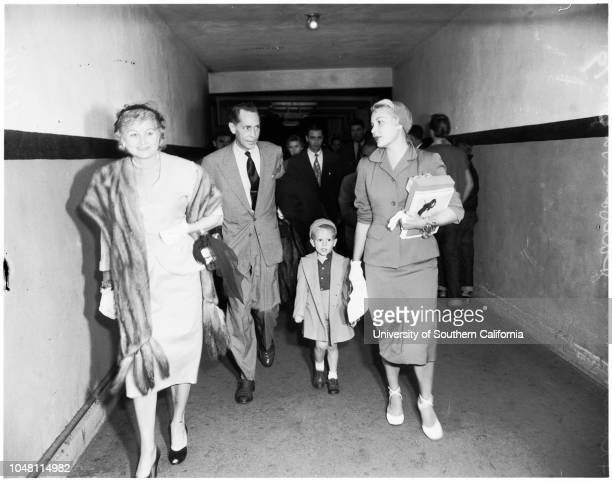TonePayton arrival at airport 2 October 1951 Franchot ToneBarbara Payton Johnny 4 years Kent ModglinJune Modglin Caption slip reads 'Photographer...