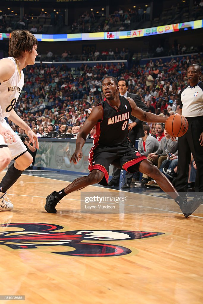 Toney Douglas #0 of the Miami Heat controls the ball against the New Orleans Pelicans on March 22, 2014 at the Smoothie King Center in New Orleans, Louisiana.