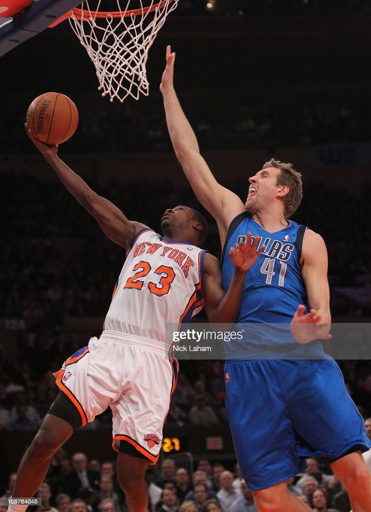 Dallas Mavericks v New York Knicks