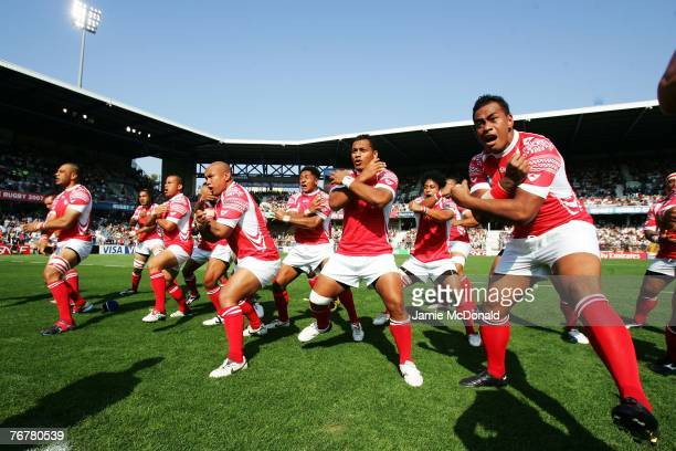 Tonga perform the sipi tau or war dance prior to match eighteen of the Rugby World Cup 2007 between Samoa and Tonga at the Stade de le Mosson on...