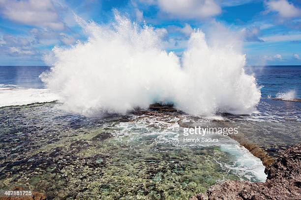 Tonga, Tongatapu, Wave crushing on rock