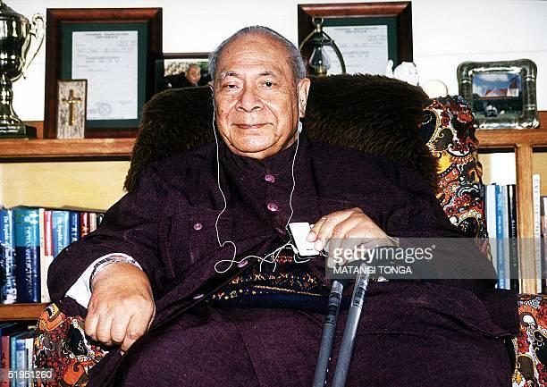 Tonga's King Taufa'ahau Tupou IV, age 83, relaxes in the royal palace in the Tongan capital, Nuku'alofa, 18 January 2002 as the embattled monarch...