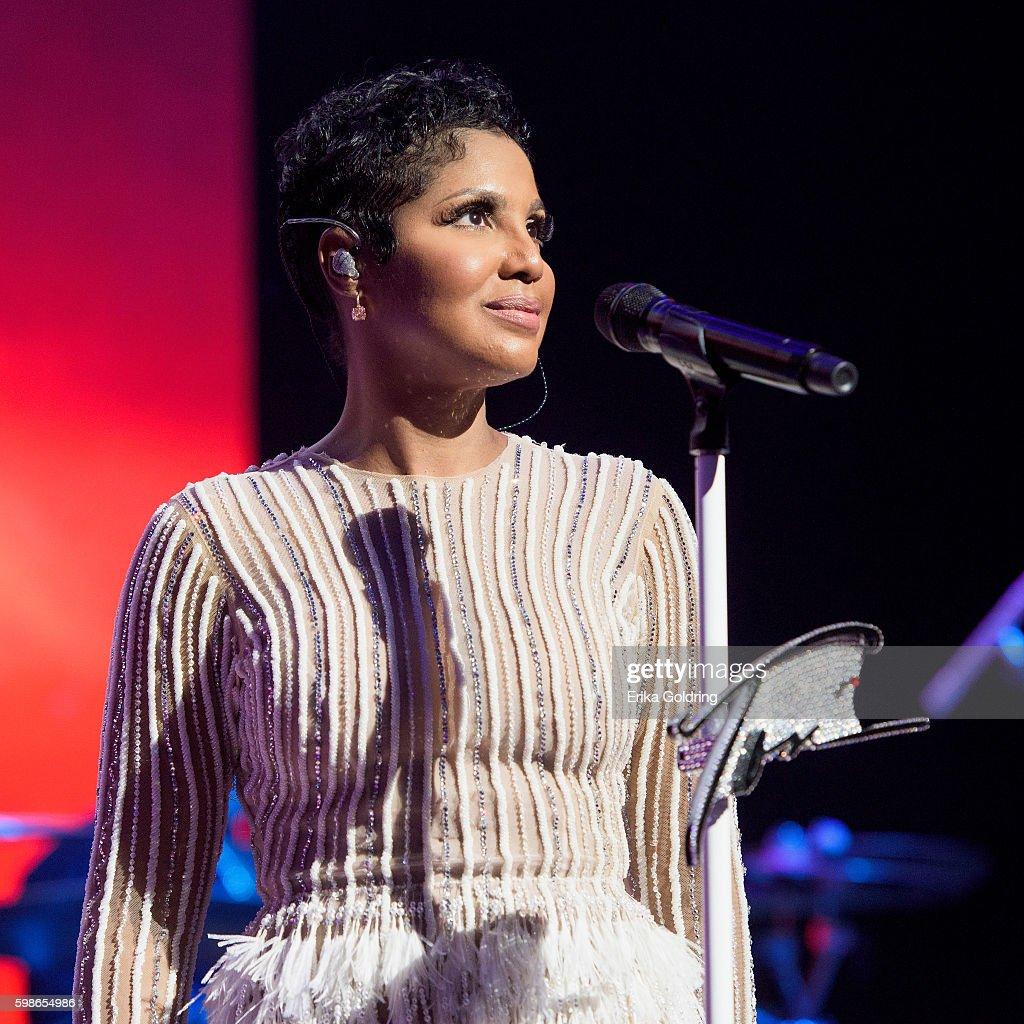 Toni Braxton performs at the 2016 BMI R&B/Hip-Hop Awards at Woodruff Arts Center on September 1, 2016 in Atlanta, Georgia.