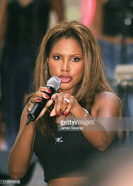 Toni Braxton performs during Toni Braxton Performs on The Today Show August 11 2000 at NBC Studios Rockefeller Center in New York City New York...