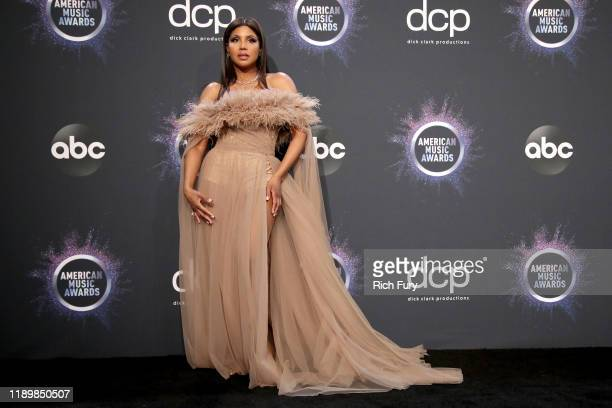 Toni Braxton poses in the press room during the 2019 American Music Awards at Microsoft Theater on November 24, 2019 in Los Angeles, California.