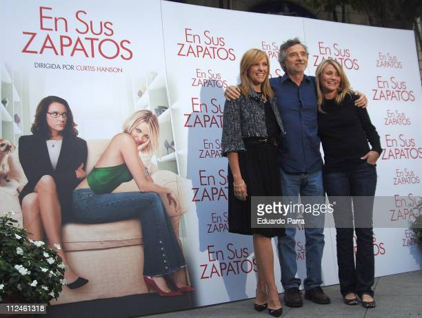 Toni Collette Curtis Hanson director and Cameron Diaz