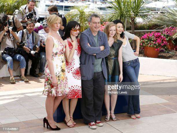Toni Collette, Maria de Medeiros, Stephen Frears, president of the jury, Sarah Polley and Maggie Cheung