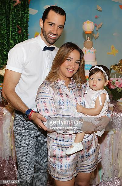 Toni Costa Adamari Lopez and their daughter Alaia are seen on the set of 'Un Nuevo Dia' during the celebration of her daughter's first birthday at...