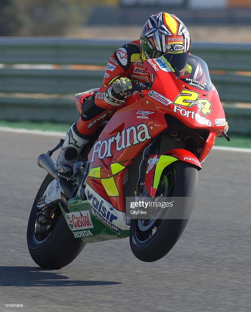 Toni Elias (ESP) during training for the 2006 Estoril Moto GP in Estoril, Portugal on October 14, 2006.
