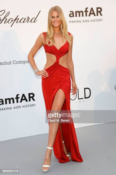Toni Garrn arrives at the amfAR Gala Cannes 2018 at Hotel du CapEdenRoc on May 17 2018 in Cap d'Antibes France