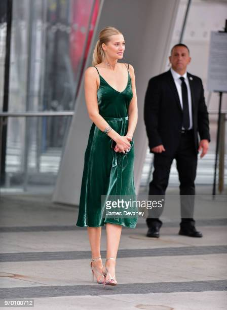 Toni Garrn arrives to the 2018 CFDA Fashion Awards at Brooklyn Museum on June 4 2018 in New York City
