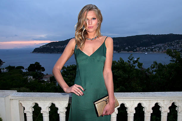 Toni Garrn wows at Vestiaire Collective event in Paris   Daily Mail Online