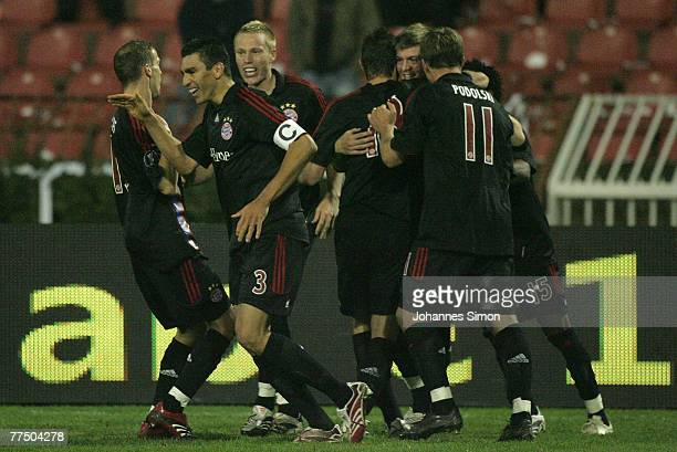 Toni Kroos of Bayern celebrates with his teammates after scoring 3-2 during the UEFA Cup group F match between Crvena Zvezda and Bayern Munich at...