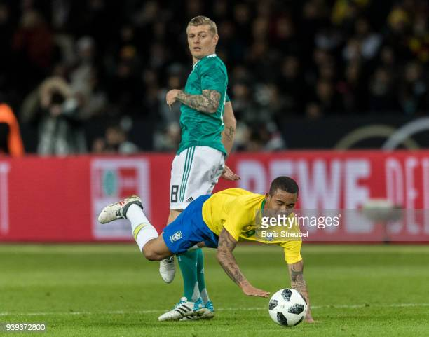 Toni Kroos of Germany battles for the ball with Gabriel Jesus of Brazil during the International friendly match between Germany and Brazil at...