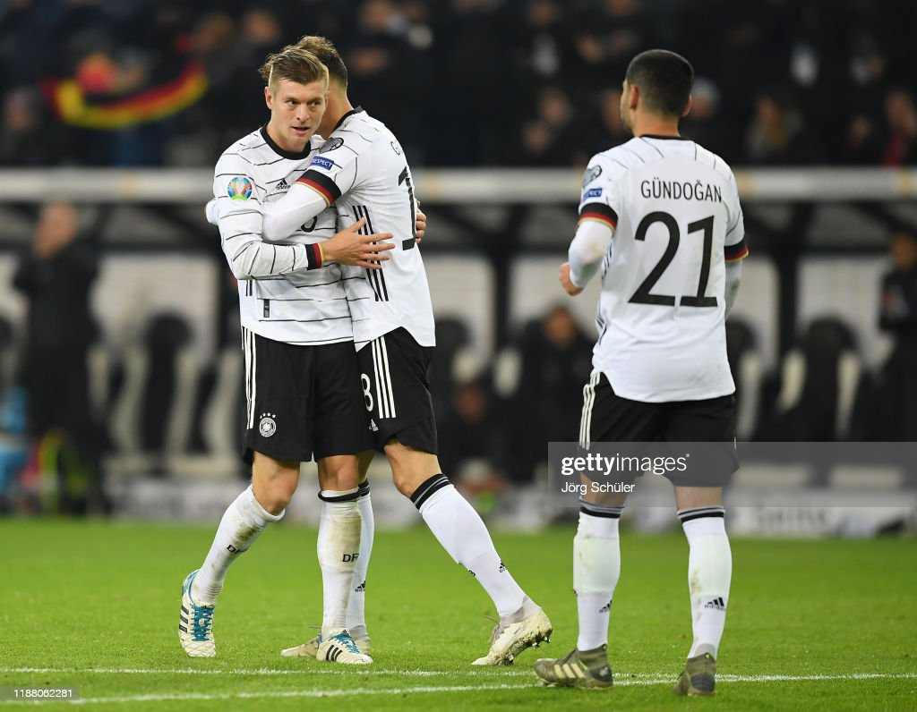 Toni Kroos of Germany celebrates with team mates Leon Goretzka and... News Photo - Getty Images