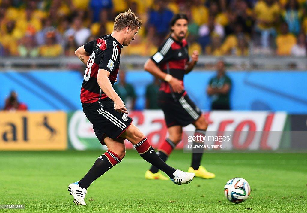 Brazil v Germany: Semi Final - 2014 FIFA World Cup Brazil : ニュース写真