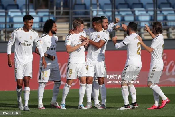 Toni Kroos of Real Madrid celebrates with his team after he scores his teams first goal during the Liga match between Real Madrid CF and SD Eibar SAD...