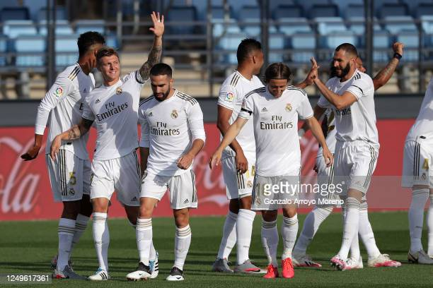 Toni Kroos of Real Madrid celebrates with his team after scoring his teams first goal during the Liga match between Real Madrid CF and SD Eibar SAD...