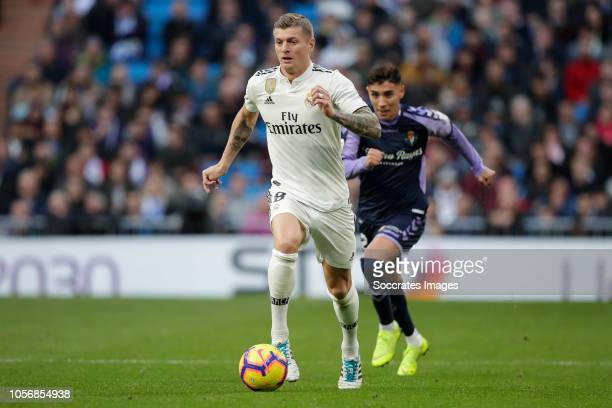 Toni Kroos of Real Madrid Leo Suarez of Real Valladolid during the La Liga Santander match between Real Madrid v Real Valladolid at the Santiago...