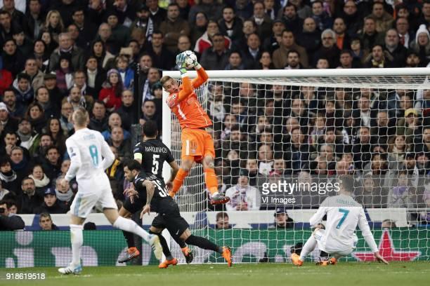Toni Kroos of Real Madrid Marquinhos of Paris SaintGermain Dani Alves of Paris SaintGermain goalkeeper Alphonse Areola of Paris SaintGermain...