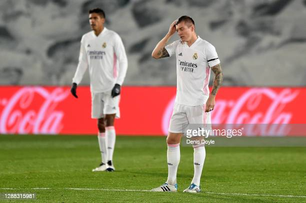 Toni Kroos of Real Madrid reacts after conceding their second goal during the La Liga Santander match between Real Madrid and Deportivo Alaves at...